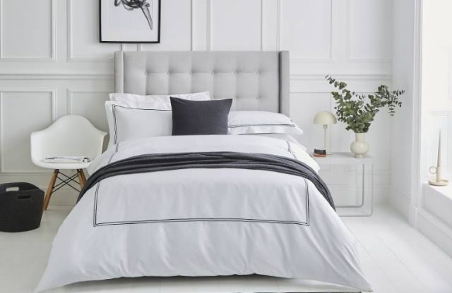 hotel style bed linens
